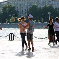 танцы, танцы, танцы :: Олег Лукьянов