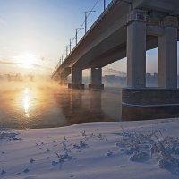 Вечер у моста :: Анатолий Иргл