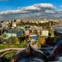 Вид со смотровой площадки ХХС :: Владимир Брагилевский