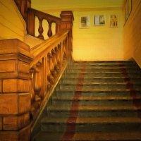 Вверх по лестнице прошлого.... :: Tatiana Markova