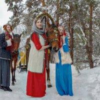 три девицы... :: Елена Логачева