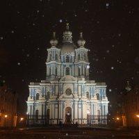 В объятиях метели петербургской.... :: Tatiana Markova