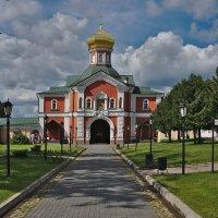 Надвратная церковь во имя Святителя Филиппа :: Rabbit Photo