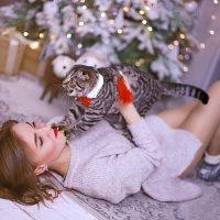 У всех фото с собачками, у нас с котиком ) :: GaliNa Khv