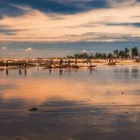 Океан,вечер,отлив,рыбаки...Мадагаскар! :: Александр Вивчарик