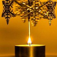 Новогодняя свеча :: Олег Денисов