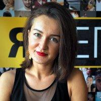 образ официальной девушки :: Олег Лукьянов