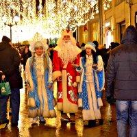 Дед Мороз и Снегурочки. :: Михаил Столяров