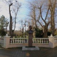 Памятник Николаю Гоголю :: Александр Рыжов