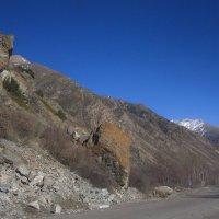 Камешек у дороги :: M Marikfoto
