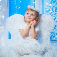 Рождественский ангел :: Любовь Дашевская