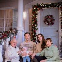 Светлана и семья :: Ekaterina Usatykh