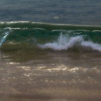 волны на пляже Karon :: Дамир Белоколенко