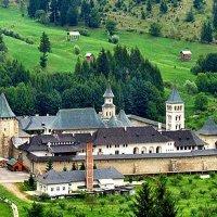 Монастир в Карпатах :: Степан Карачко