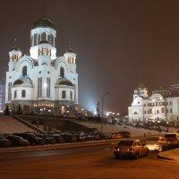 У Храма-на-Крови :: Ольга