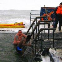 Крещенские купания на Оке. :: Борис Митрохин