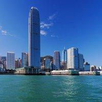 Берег острова Гонконг :: Анатолий Иргл