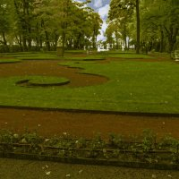 Летний сад :: Сергей Карачин