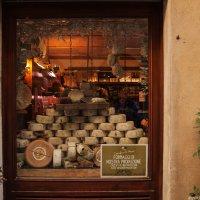 Сыр пекорино-знаменитый сыр из Пьенцы :: Надежда Лаптева