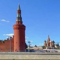 Башня и Собор Василия Блаженного :: Вера Щукина
