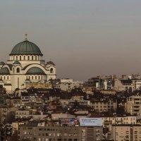 Возвышаясь над Белым Городом... :: Сергей Дабаев