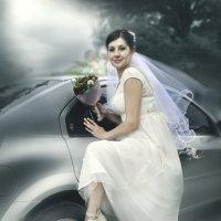 Невеста :: Юрий ОВОДКОВ