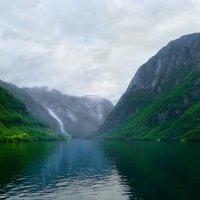 Фьорды далеких земель :: Марина Лукина