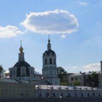 Церковь на набережной :: Вера Щукина