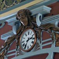 Старинные Часы. :: Марина Харченкова
