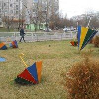 На бульваре зонтиков :: Галина