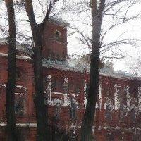 мед. дом с башней. :: Николай Семёнов