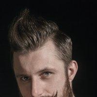 Автопортрет! :: Максим Жидков