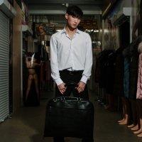 Реклама одежды на рынке :: Dmitriy Predybailo
