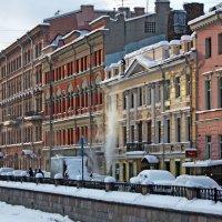 Снегоуборочные работы :: Ирина Румянцева