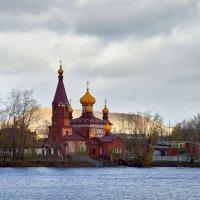 Церковь Николая Чудотворца в Сатке :: Владислав Левашов
