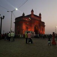 Ночные Ворота Индии со стороны Мумбая :: Radeey Teng