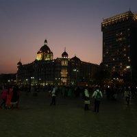 Ночные Ворота Индии со стороны Мумбая. :: Radeey Teng