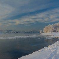 Снежным бережком....... :: Ричард Петров