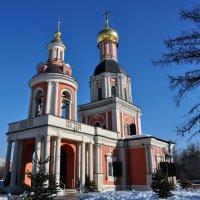 Троицкая церковь :: Анатолий Колосов