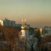 Утро над городом. :: Анатолий. Chesnavik.