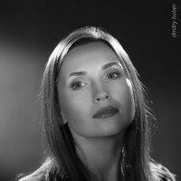 Juliette Rossi Работа с постоянным светом :: Дмитрий Бубер