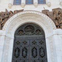 Средние врата собора :: Вера Щукина