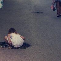 Кто там спрятался? :: Наталья Новикова