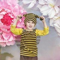 Веселый пчелёнок :: Екатерина Лазарева