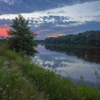 На Клязьме в ветреный рассвет. :: Igor Andreev