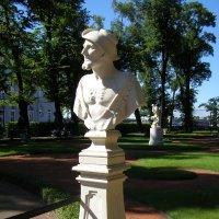 Бюст Демокрита в Летнем саду :: Анна Воробьева