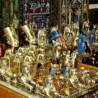 В магазине сувениров. Каир. :: Лия ☼