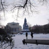 СПб.Екатерининский садик.Вид с Невского пр. :: Таэлюр