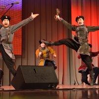 На концерте Кубанского казачьего хора 17 :: Константин Жирнов