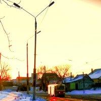 Трамвайчик в морозное утро :: Леонид Абросимов